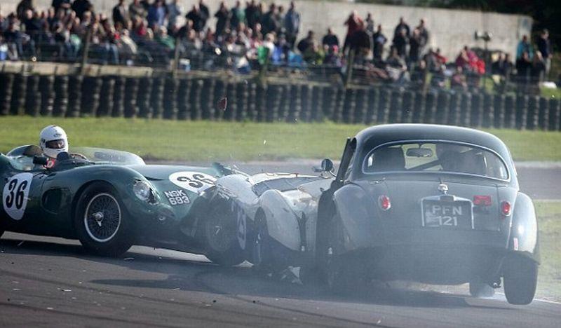 Inikah Kecelakaan Mobil Termahal, Aston Martin Rp432 M Ringsek