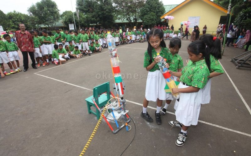 UAD Gelar Kontes Roket Air Tingkat Pelajar
