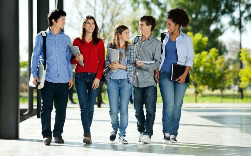 Beberapa hal yang harus dilakukan mahasiswa di tingkat pertama. (Foto: Ilustrasi/Shutterstock)