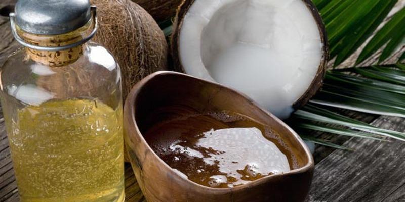 https: img.okezone.com content 2015 10 19 194 1234396 manfaat-minyak-kelapa-untuk-kecantikan-ppD7UEnZ2J.jpg