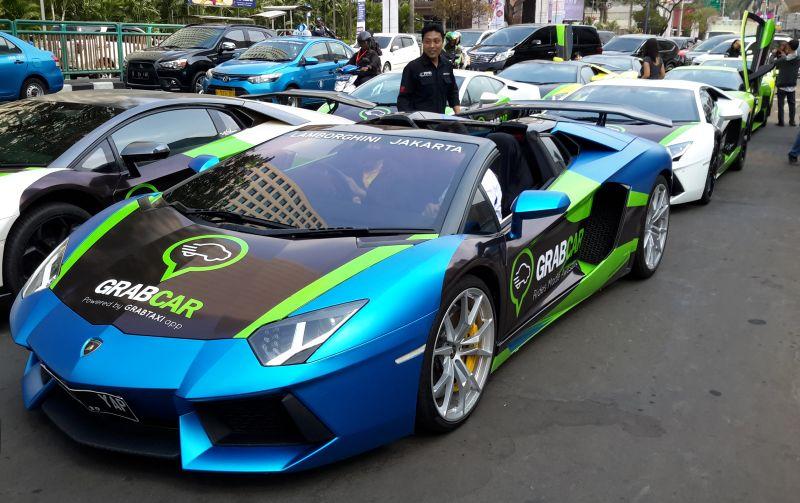 Lamborghini dipakai menjadi GrabCar (Foto : Pius/Okezone)