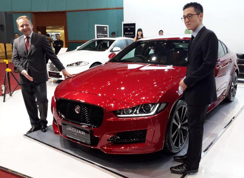 https: img.okezone.com content 2015 10 28 15 1239474 jaguar-luncurkan-sedan-xe-terbaru-di-indonesia-ini-harganya-goFdKJNmvk.jpg