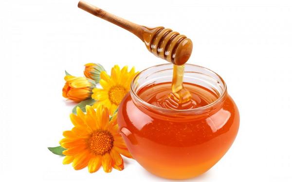 https: img.okezone.com content 2015 11 05 194 1244350 khasiat-madu-untuk-kecantikan-mPjhcgXqRL.jpg