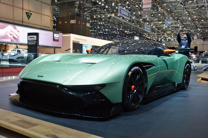 Aston Martin Jakarta Akan Jual Vulcan Supercar Seharga Rp31 M Okezone Otomotif