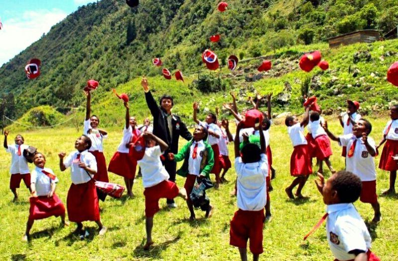 7 Perbedaan Program SM3T Dengan Program Indonesia Mengajar (IM)