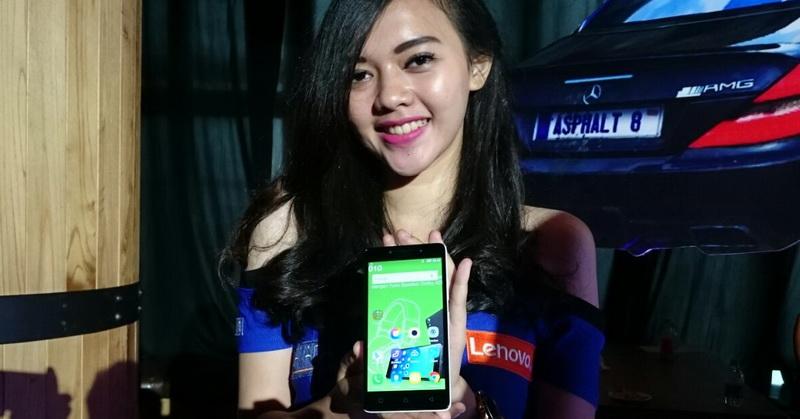 Kesan Pertama Jajal Lenovo A6010 Fitur 4G LTE