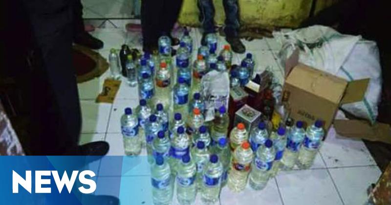 Polisi Amankan Ratusan Botol Miras Oplosan