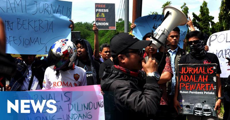 Tiga Jurnalis Dianiaya, Wartawan Sumbar Gelar Aksi Solidaritas