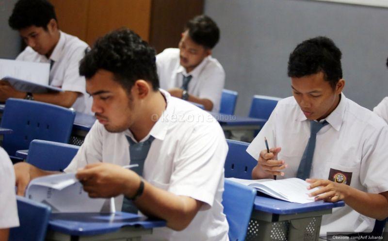 Siswa bersiap mengikuti ujian nasional. (Foto: dok. Okezone)