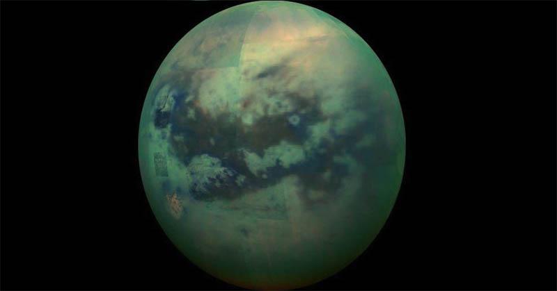Bulan Saturnus Ternyata Mirip Bumi