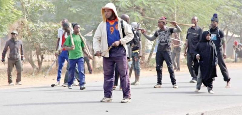 https: img.okezone.com content 2015 12 13 18 1266434 dicegat-syiah-tentara-nigeria-balas-bunuh-12-penyerang-gb8rrfmA78.jpg