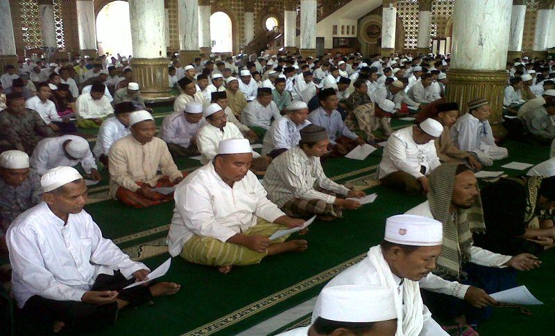 https: img.okezone.com content 2015 12 18 337 1270312 islam-indonesia-jadi-rujukan-dunia-kvnpBez7RF.jpg