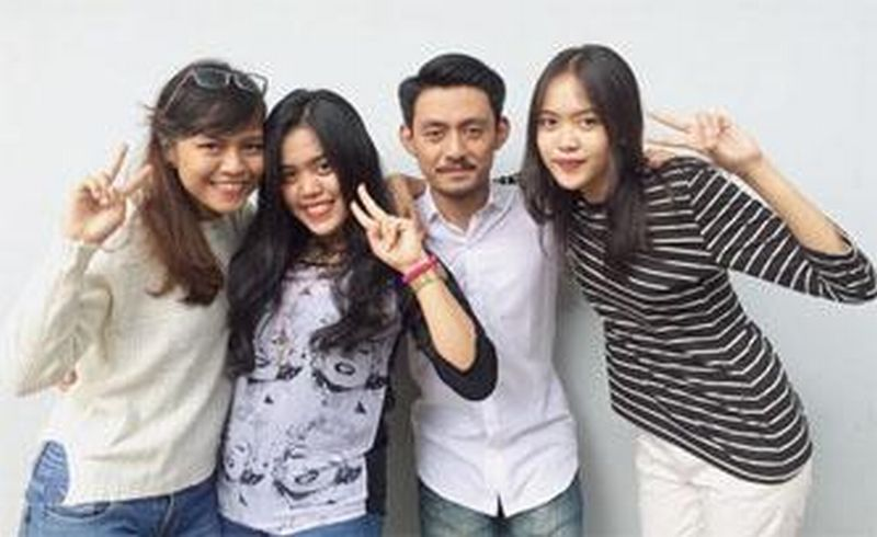 https: img.okezone.com content 2015 12 18 65 1270287 mahasiswa-unsoed-ikuti-youth-ambassador-di-thailand-dan-rumania-IF3CBRUY6D.jpg