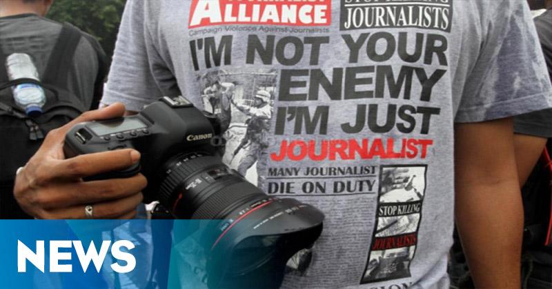 Petugas Bandara Tangkap Tiga Wartawan