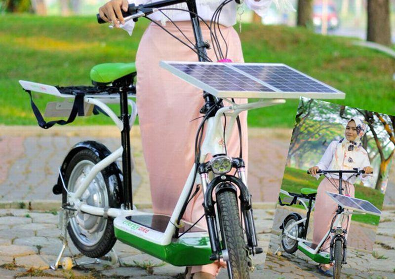 https: img.okezone.com content 2015 12 22 65 1272946 sepeda-listrik-tenaga-surya-ala-mahasiswa-itsb-aPfNHnnFPU.jpg