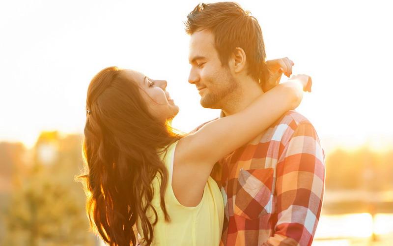 cara ampuh bikin pria ingin menggoda okezone lifestyle