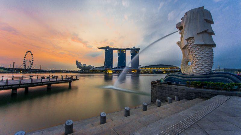 https: img.okezone.com content 2015 12 31 406 1278438 trik-menghemat-liburan-di-singapura-9gWr3xxHXJ.jpg