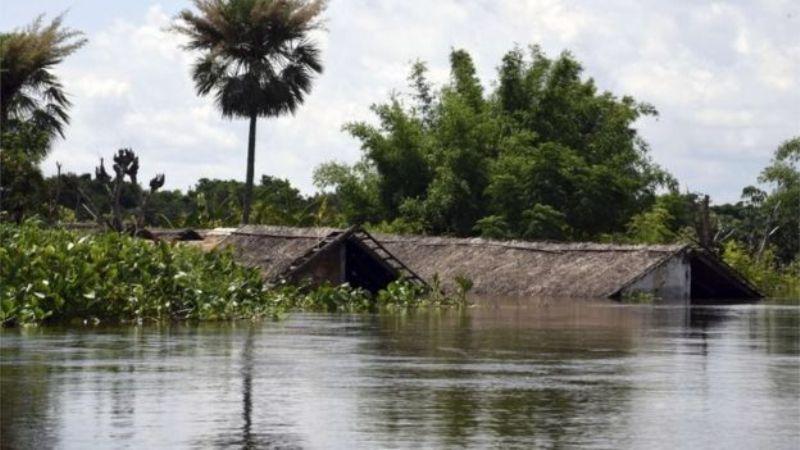 https: img.okezone.com content 2016 01 01 18 1279079 banjir-paraguay-7-000-warga-siap-diungsikan-BQ3ulbBDmJ.jpg