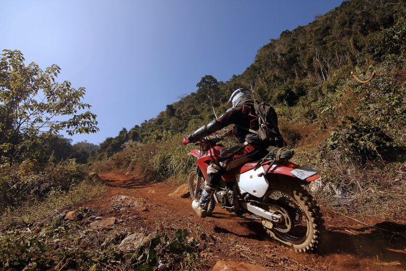 Pakai Motor Trail 2 000 Bikers Berusaha Taklukkan Gunung Semeru