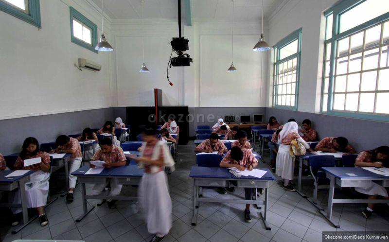 https: img.okezone.com content 2016 01 06 65 1281639 sekolah-paling-jujur-se-indonesia-okA4FUG8Ca.jpg
