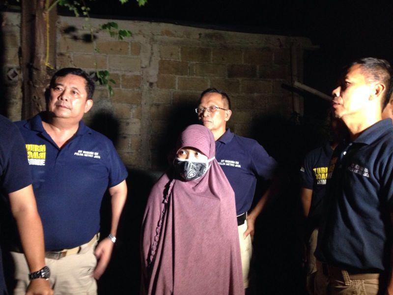 Olah TKP Lokasi Ledakan, Pospol Sarinah - capinggunung.com