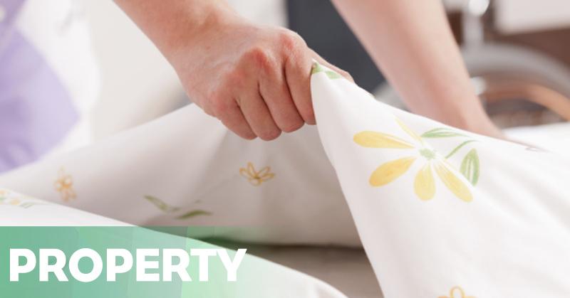 https: img.okezone.com content 2016 01 15 470 1289282 berikut-tips-efektif-untuk-bersihkan-kamar-tidur-JSQ2Y33EEN.jpg