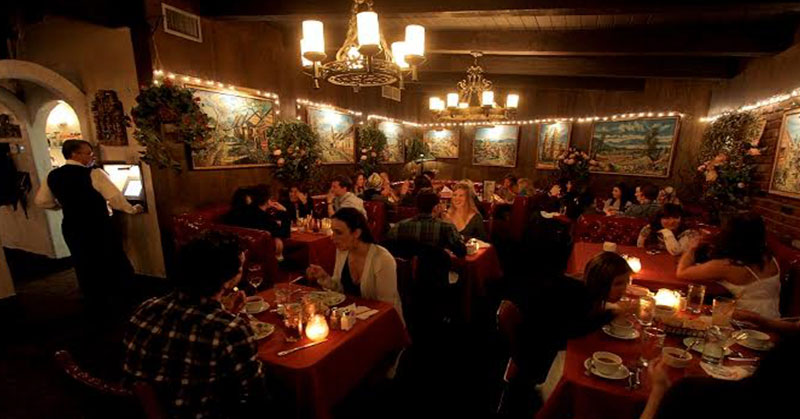 https: img.okezone.com content 2016 01 16 298 1289922 4-restoran-terfavorit-selebriti-di-beverly-hills-gFpQiAkhqC.jpg
