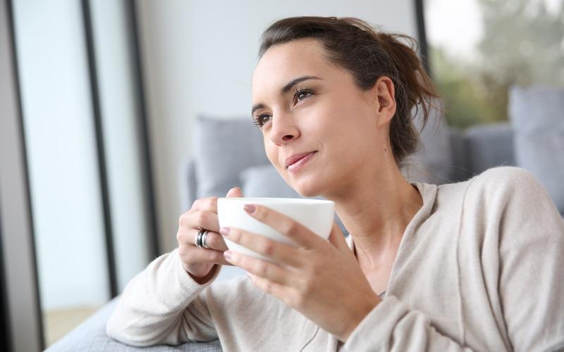 Cobalah untuk bersantai sambil menikmati keripik atau cokelat hanya untuk menghilangkan stres di kepala Anda.