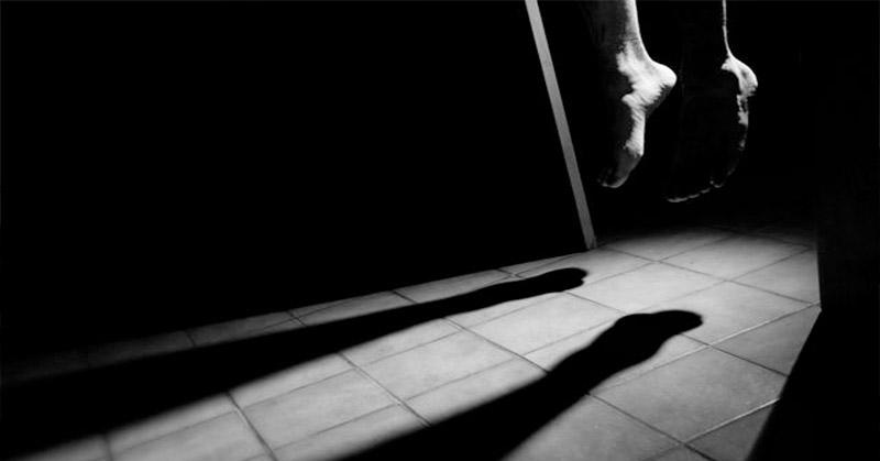https: img.okezone.com content 2016 02 03 340 1303633 tahanan-polsek-tapan-tewas-bunuh-diri-nhe1RRrcxk.jpg