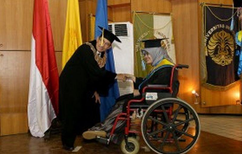 Mahasiswa Penyandang Disabilitas Ini Ingin Bangun Sekolah Gratis
