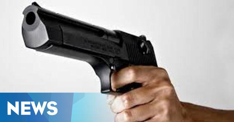 Polisi Baku Tembak dengan Penjarah Indomaret di Medan