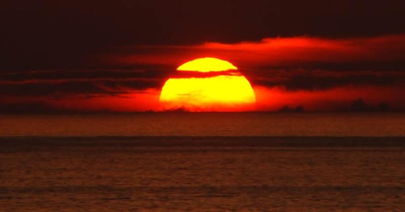 87 Gambar Awan Matahari Terbenam Terlihat Keren