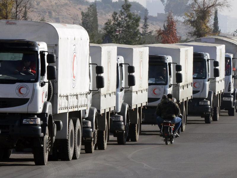 Konvoi bantuan kemanusiaan pada 14 Januari ke Madaya, Suriah (Foto: Getty Images)