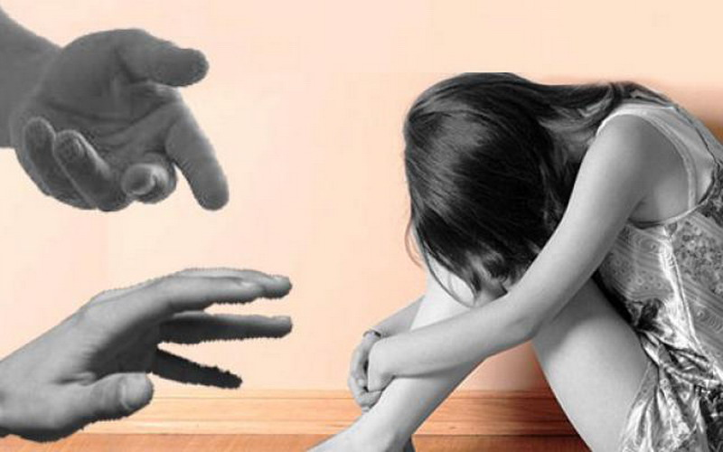 https: img.okezone.com content 2016 02 22 196 1318345 intervensi-orangtua-pada-anak-korban-pelecehan-seksual-q50pLWC2sB.jpg