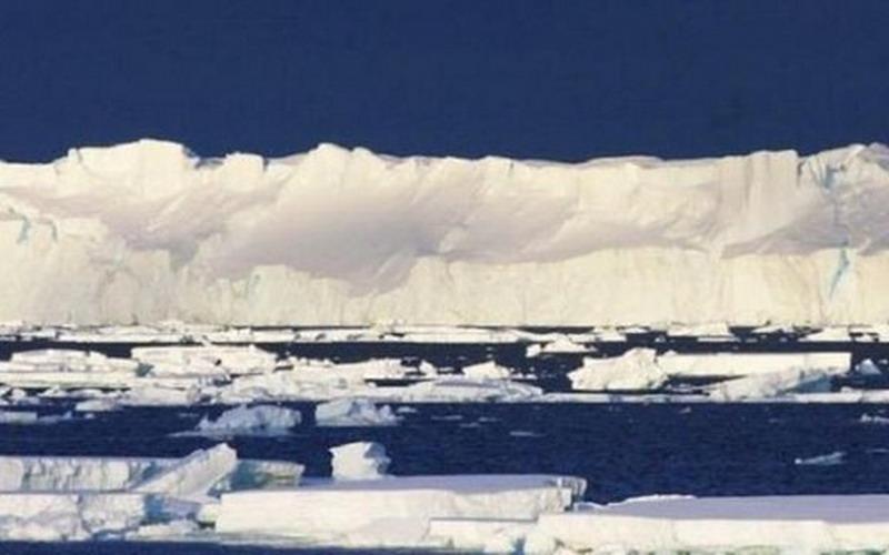 https: img.okezone.com content 2016 02 24 406 1320177 indahnya-penampakan-gletser-sierra-de-sangre-dari-langit-ps89x9CqdQ.jpg