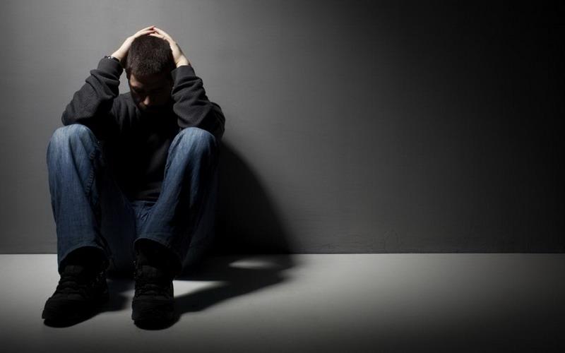 https: img.okezone.com content 2016 02 28 481 1323241 halusinasi-awal-gejala-penyakit-skizofrenia-Mm5qI5PFt5.jpg
