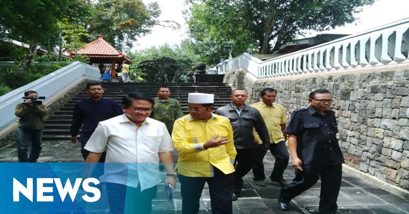 Maju Pemilihan Ketum Golkar, Idrus Marham Nyekar ke Makam Soeharto