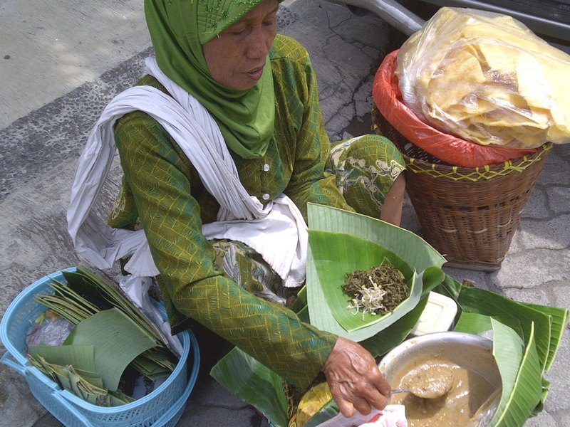https: img.okezone.com content 2016 03 05 298 1328405 makanan-terenak-versi-piyu-padi-pKU9BThdZ8.jpg
