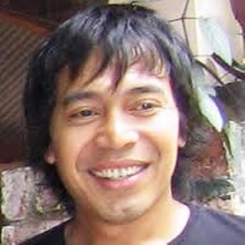 https: img.okezone.com content 2016 03 07 33 1329456 ibunda-pelawak-komeng-meninggal-dunia-GxRhLnoHqi.jpg