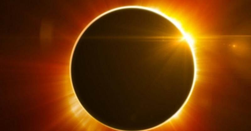 Larangan Keluar untuk Wanita Hamil saat Gerhana Matahari
