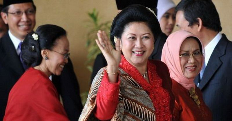 https: img.okezone.com content 2016 03 16 337 1337444 ani-yudhoyono-dimunculkan-lantaran-demokrat-krisis-figur-2zVN7NAHd4.jpg