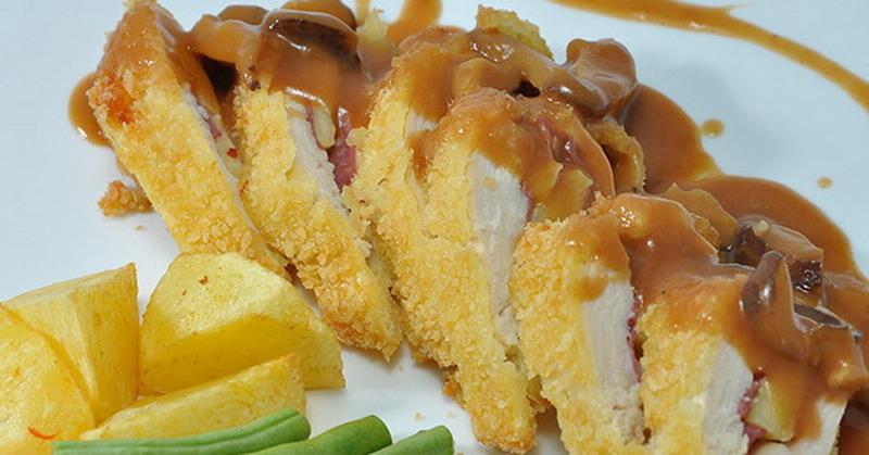 https: img.okezone.com content 2016 03 18 298 1339896 resep-chicken-cordon-bleu-ala-rumahan-Og0SulG3Hv.jpg