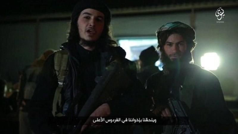 Dua orang militan ISIS Abu Abdullah al- Belgiki dan Abu Mujahid al-Begiki muncul dalam video propaganda ISIS tentang bom Brussels. (Foto: Daily Mail)