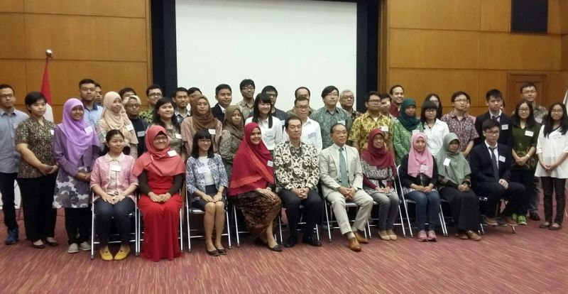 https: img.okezone.com content 2016 03 31 65 1350252 50-mahasiswa-indonesia-siap-belajar-di-jepang-7P0QndpUAK.jpg