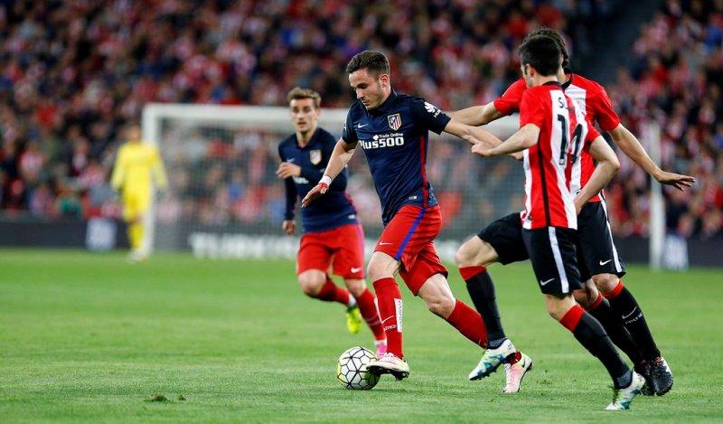 https: img.okezone.com content 2016 04 21 46 1368460 menang-tipis-atletico-madrid-menguntit-barcelona-OhfxDVyoiR.jpg