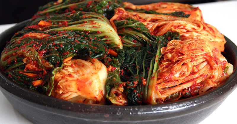 https: img.okezone.com content 2016 04 27 298 1374274 luar-biasa-korea-punya-lebih-200-varian-kimchi-NMUHCAb4cC.jpg
