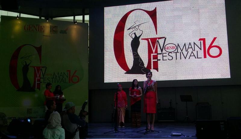 https: img.okezone.com content 2016 04 30 194 1376958 genie-woman-festival-apresiasi-perempuan-aktif-dan-produktif-4gIxumhiLC.jpg