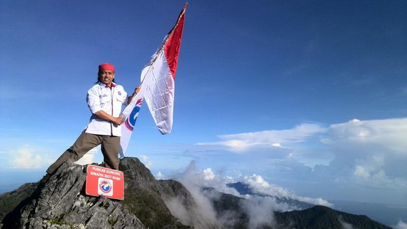 Pemuda Perindo Sukses Daki Dua Gunung Tertinggi Di Indonesia Okezone Nasional