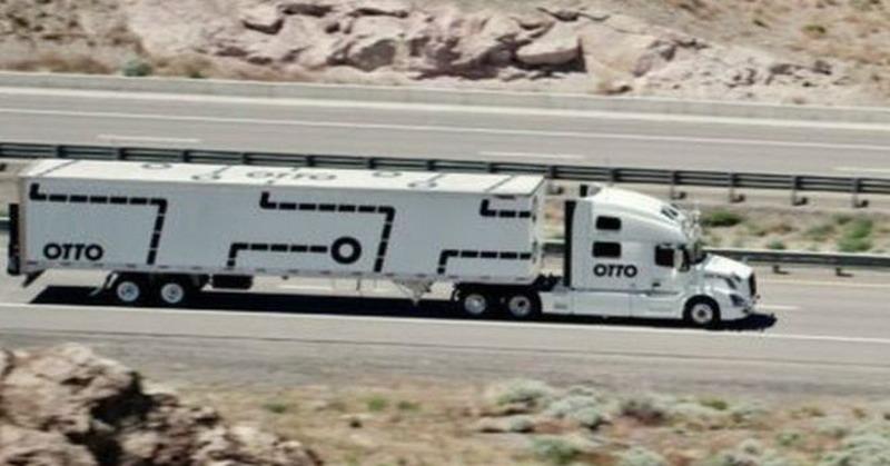 https: img.okezone.com content 2016 05 18 56 1391559 teknologi-ini-jadikan-truk-bisa-mengemudi-sendiri-O9YZ2Ne0dP.jpg