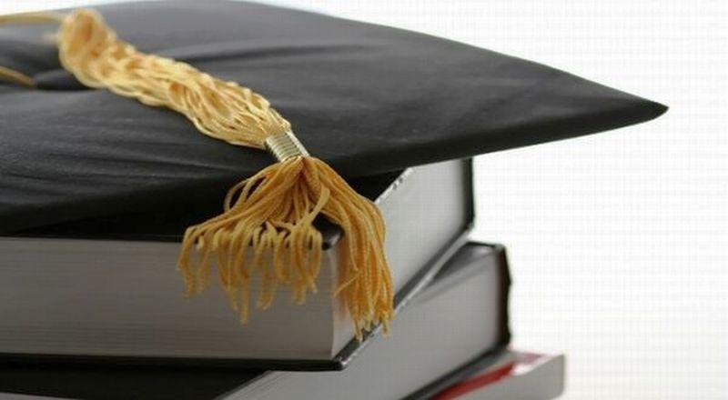 https: img.okezone.com content 2016 05 21 65 1394318 yuk-raih-beasiswa-di-kampus-inggris-ini-IsmjFhjKpC.jpg